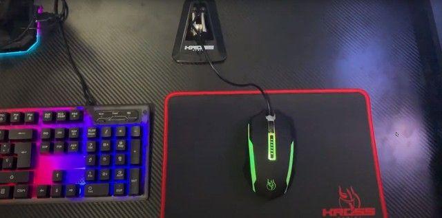 Kit Gamer Kross 5 em 1 Teclado Mouse Headset Mouse Pad e Bungee Novo lacrado garantia - Foto 2