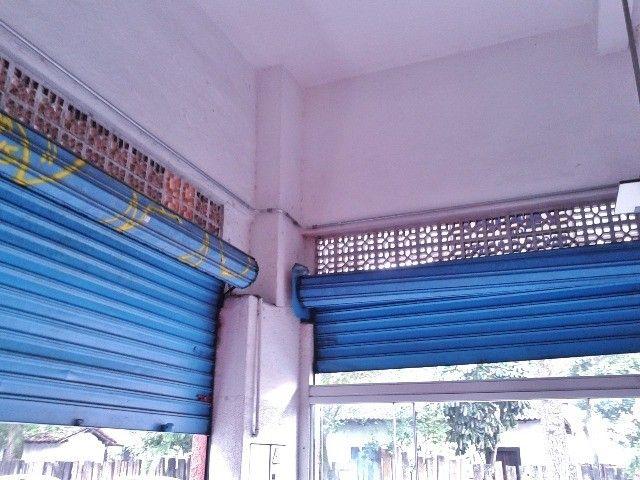 Vendo/alugo loja de esquina com amplo mezanino no centro de São Vicente/SP - Foto 20
