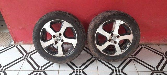 Vendo 3 aros com  pneus novinho valor 1.100