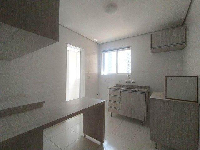 Locação   Apartamento com 86.87 m², 3 dormitório(s), 2 vaga(s). Vila Cleópatra, Maringá - Foto 14