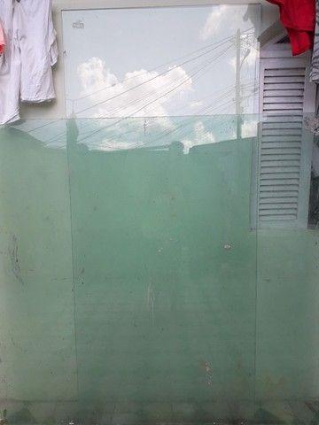 Vendo 2 vidro Blidex para fechamento  - Foto 3