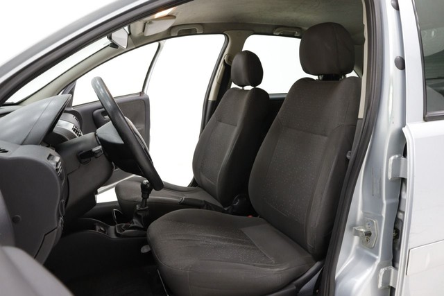 GM/Corsa Sedan Premium 2010 1.4 Flex 4p. - Foto 5