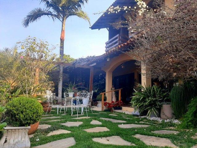 Casa com 5 dormitórios, 270 m², R$ 1.000.000,00 - Albuquerque- Teresópolis/RJ.