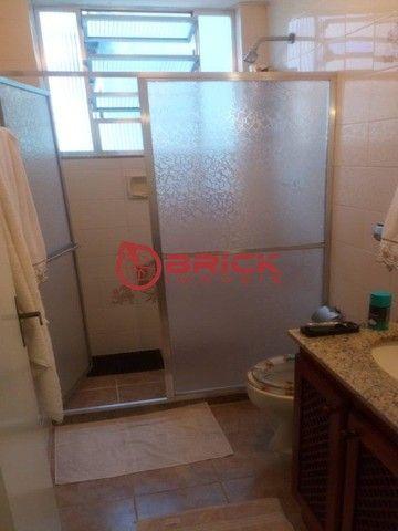 Apartamento de 1 quarto com dependência, elevador e garagem no Alto, Teresópolis/RJ. - Foto 5