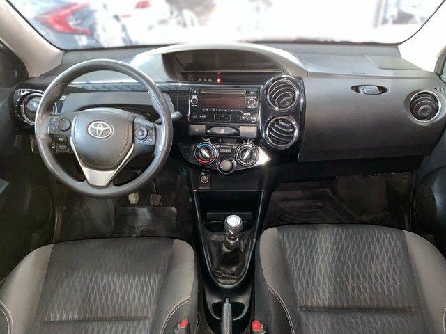 Toyota Etios Sedan X Plus 1.5 Completo 2020 - Foto 8