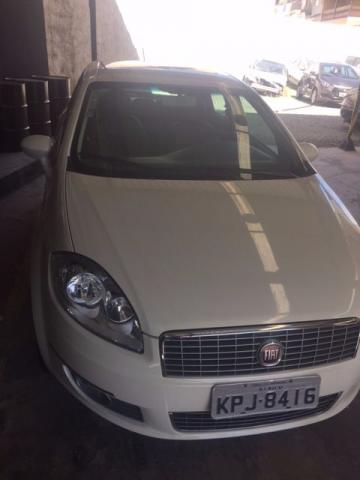 Fiat Linea Essence Sublime 1.8 Dualogic SemiNovo