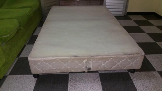 Box para cama solteirão