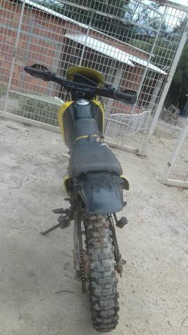 Vendo moto Boa pra que tá começando a fazer trilha