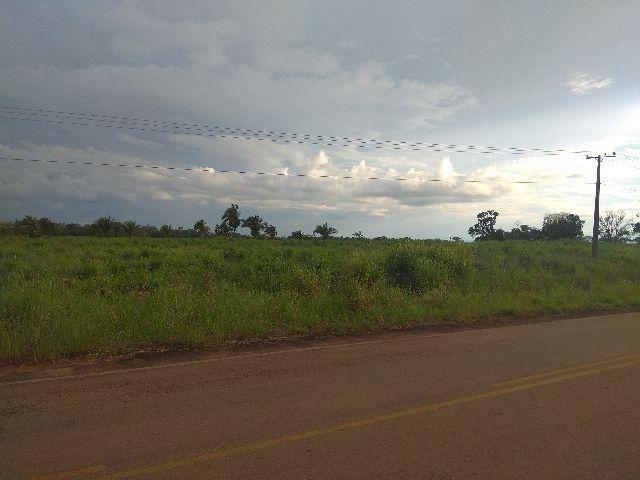 Sitio de 80 hectares a 5 km de Acrelândia