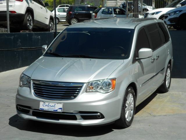Chrysler Town & Country 3.6 Touring Automático V6