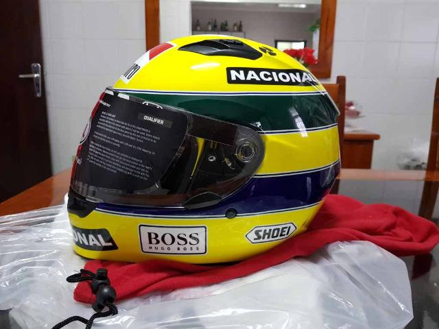 Capacete Personalizado Ayrton Senna - Novo - Sem uso - Na Caixa