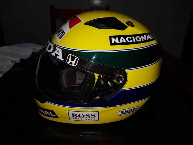 Capacete Personalizado Ayrton Senna - Novo - Sem uso - Na Caixa - Foto 7