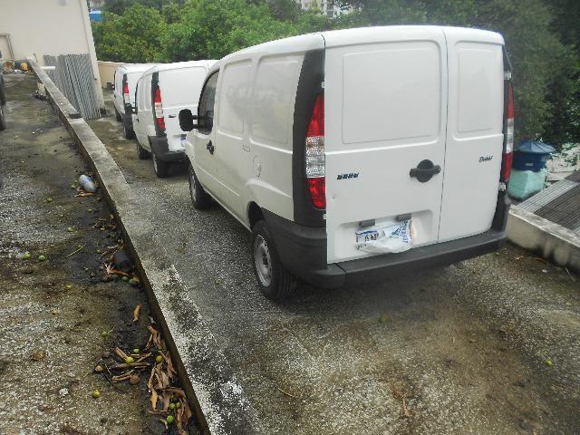 Doblo cargo modelo 2006, 1.8 dir.hid.unico dono,porta lateral,fazemos financiamento !!! - Foto 8