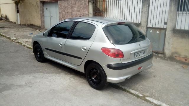 Peugeot 206 1.4 completo c/ GNV - Pouco rodado e em ótimo estado (2006/2007) - Foto 2