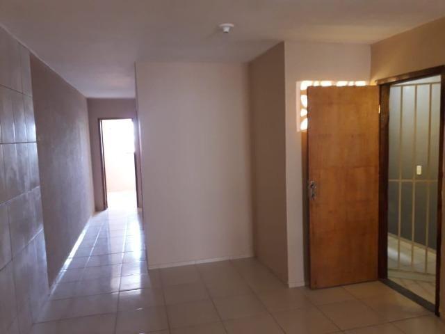 Aluga-se apartamento de 3 quartos - Foto 2