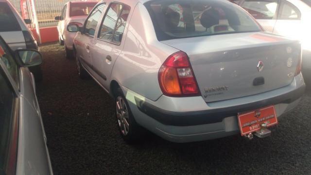Clio Sedan(1.0)(completo(Financie*até 100%do veiculo(Parcelas a partir de R$449,90) 04/05 - Foto 9