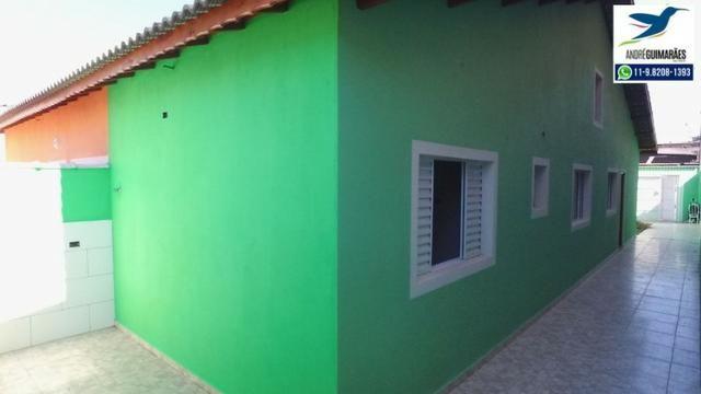 Casa Nova de Construtor em Suzano ! 3 Vagas de Garagem !