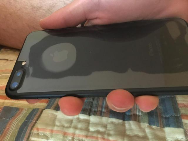 Vendo iPhone 7 Plus 128 GB impecável - Foto 3