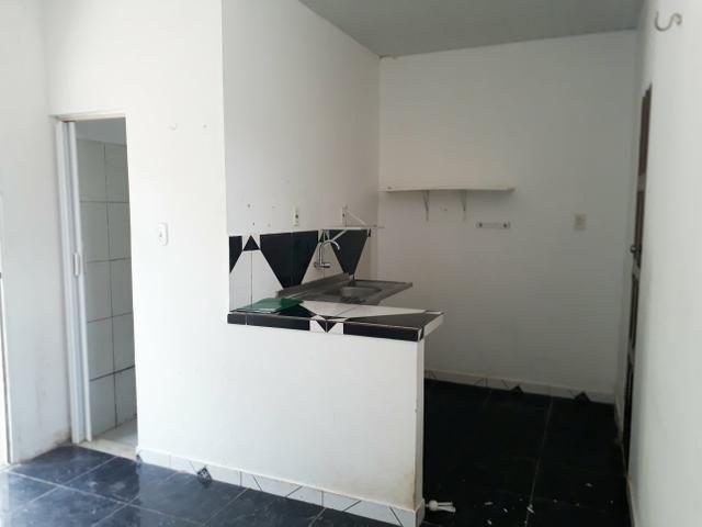 Alugo casa tipo kit net, no Conj. Satélite - Foto 5