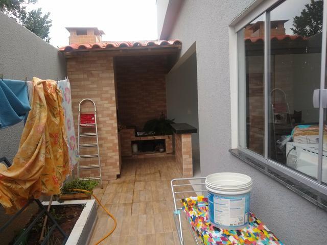 Casa em caldas 4 dormitórios,toda na laje, área de churrasco,bem localizada - Foto 7