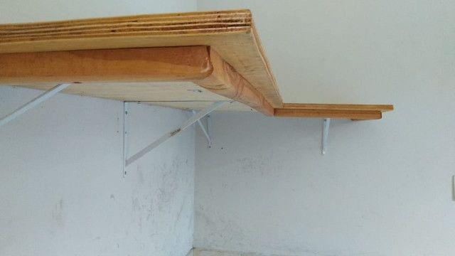 Mesa de Canto Suspensa - Foto 2