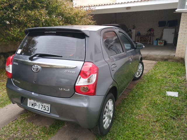 Toyota Etios XLS 1.5 Flex 16V 5p Mec. Ano 2015