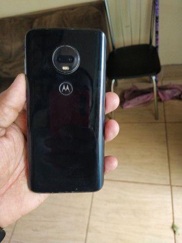 Motorola moto G7 plus com 4GB RAM e 64 interno em muito bom estado  - Foto 4