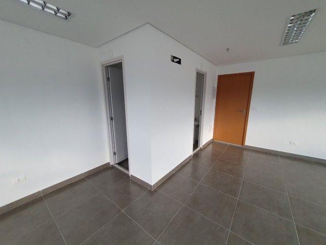 Escritório para venda possui 53 metros quadrados em Vila Belmiro - Santos - SP - Foto 8