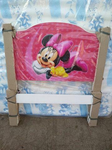Cama de menina infantil de solteiro tamanho grande Minnie.
