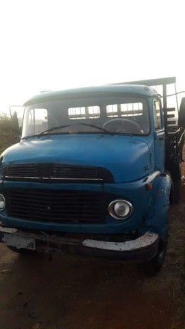 Vendo caminhão Mercedes 11.13  - Foto 2