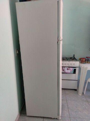 geladeira com congelador separado - Foto 5