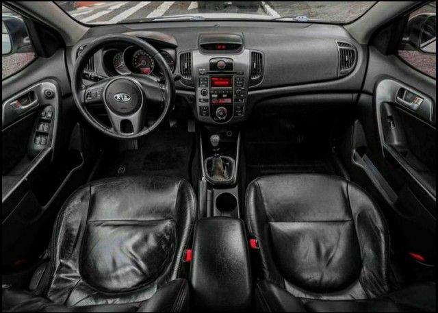 Kia Cerato<br>EX 1.6 16V (aut) 2011 - Foto 3