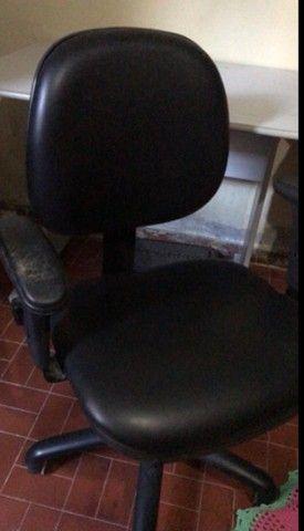 Cadeira e mesa para escritório  - Foto 5