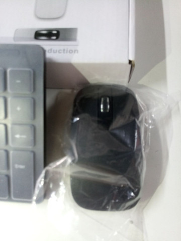 Teclado Wireless com mouse - Foto 4