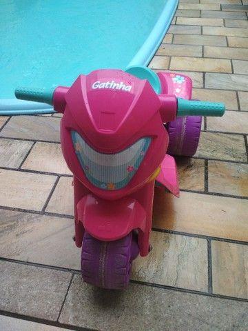 Moto Elétrica 6V - Gatinha - Bandeirante - Foto 2