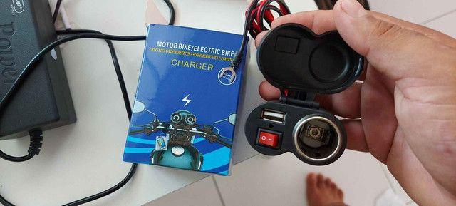 Carregador USB esqueiro para moto  - Foto 2