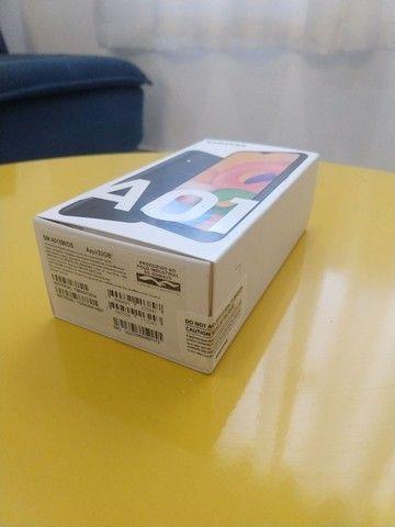 Samsung A01 - 5,7 - 32GB - 2RAM - Câmera dupla (não é a CORE) - Foto 2