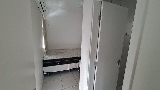 Apartamento para venda possui 113 metros quadrados com 3 quartos em Porto das Dunas - Aqui - Foto 11