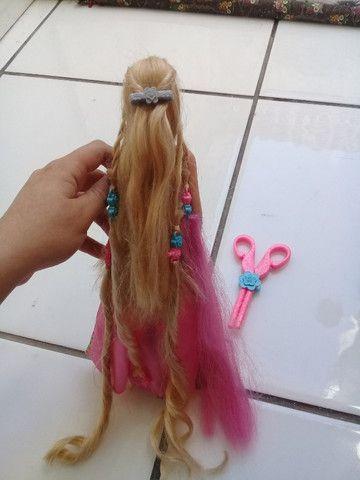Boneca Barbie Rapunzel penteado mágico - Foto 3