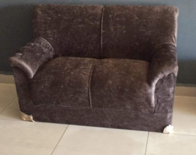 Sofá básico, conjunto 3 e 2 lugares, nono na embalagem. - Foto 2