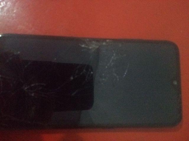 Samsung a01 queimado e trincado pra retirar peças