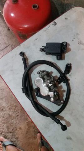 Sistema de freio a disco dianteiro Cg 150