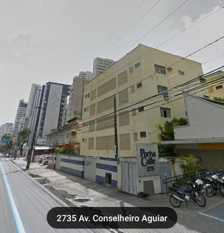 Apartamento 2qts, mobiliado, esquina mar - Cons Aguiar