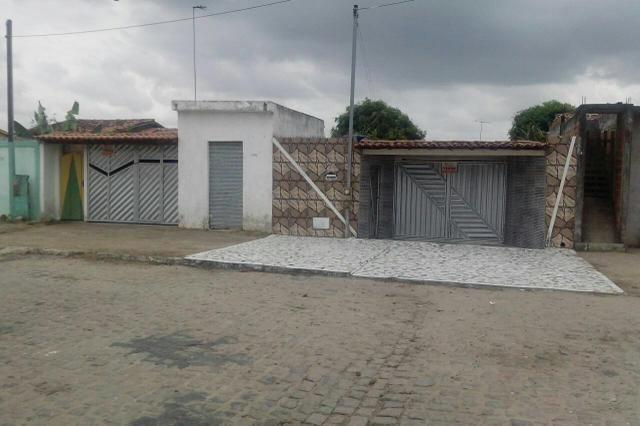 Casas em Santo Estevão