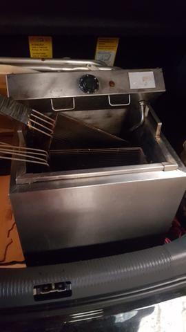 Fritadeira Industrial 200volt 20litros óleo