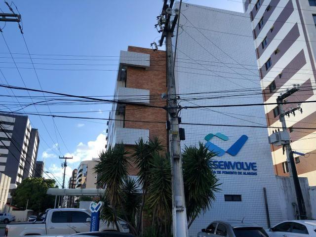 Lindo prédio comercial na Ponta Verde - Foto 2