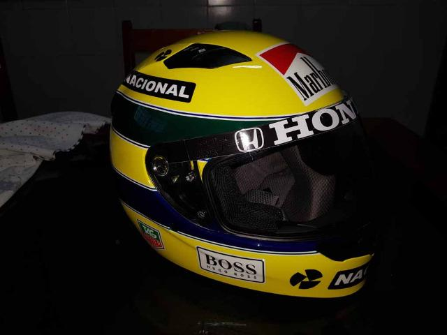 Capacete Personalizado Ayrton Senna - Novo - Sem uso - Na Caixa - Foto 3