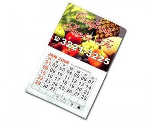 Imãs com calendário 2020
