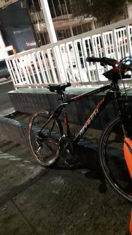 Bicicleta de pedal - Foto 2
