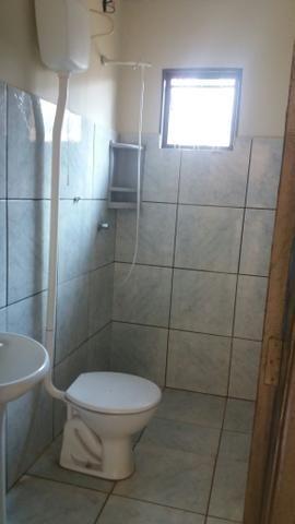 Casa com dois quartos sala cozinha e lavanderia coberta - Foto 4